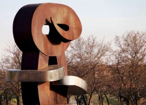 You'll find amazing contemporary art, like this Juan Carlos Sculpture, all throughout Madrid.