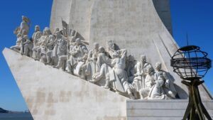 Relive the glory of Portugal's historic past with the Monument of Discoveries or Padrão dos Descobrimentos.