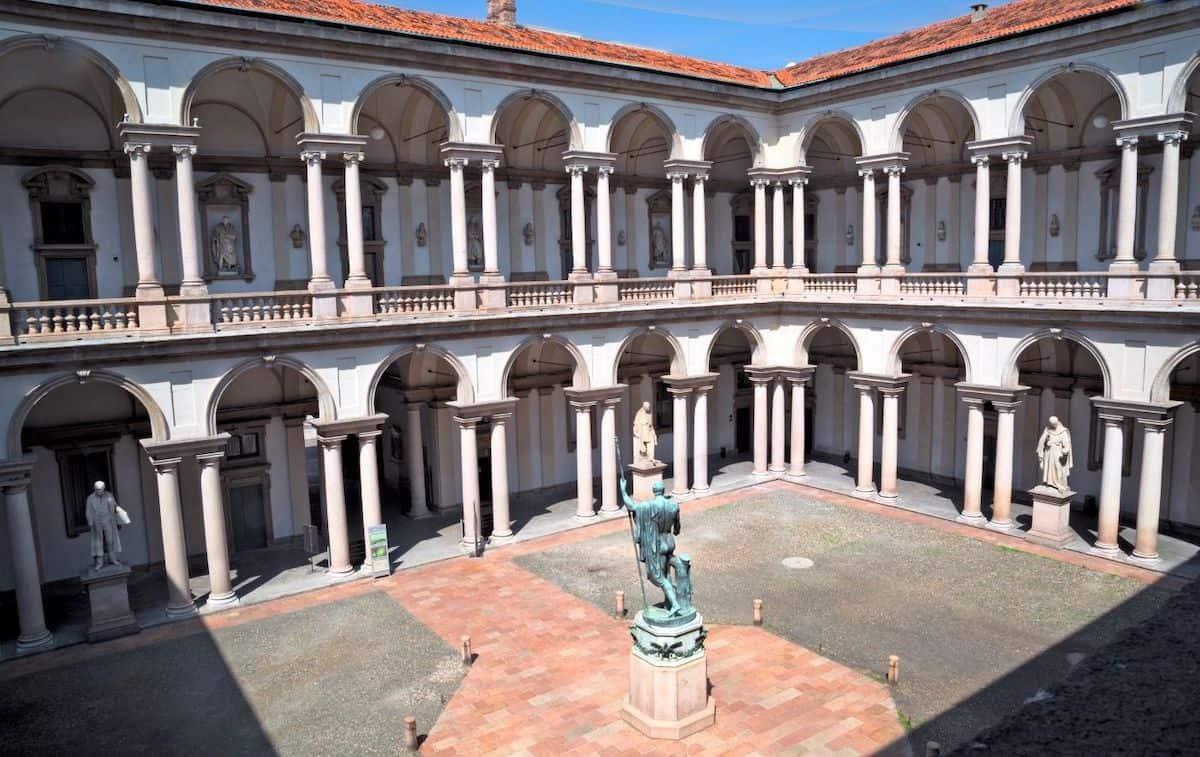 The interior courtyard of the Pinacoteca di Brera.