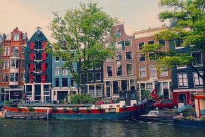 Even if you make mistakes, I promise you won't regret a beautiful trip to Amsterdam.