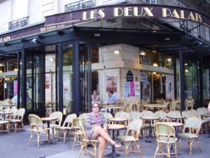 When eating dinner in Paris, always remember that most restaurants won't start serving dinner until around 7:30 pm.