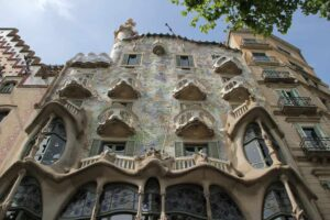 Casa Batlló is probably one of the most unique buildings that I have ever seen.