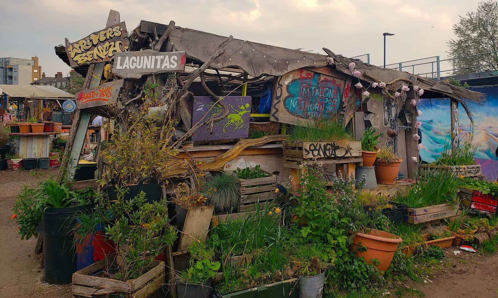 If you have happen to be Shoreditch, you'll find a ton of unusual things to do in London, like a trip to Nomadic Community Garden.