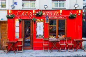 There's nothing more quintessentially French than dining at a street-side cafe in Paris.