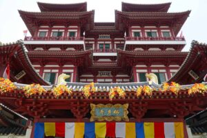 Singapore's iconic, Buddha Tooth Relic Temple is a must-see while in Chinatown.