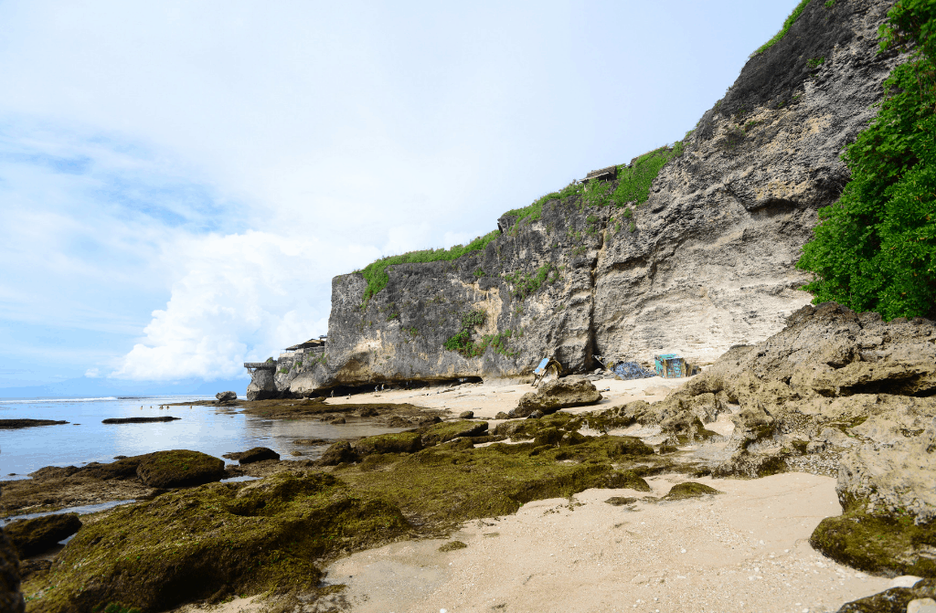 The incredible natural beauty that you'll find in Uluwatu.