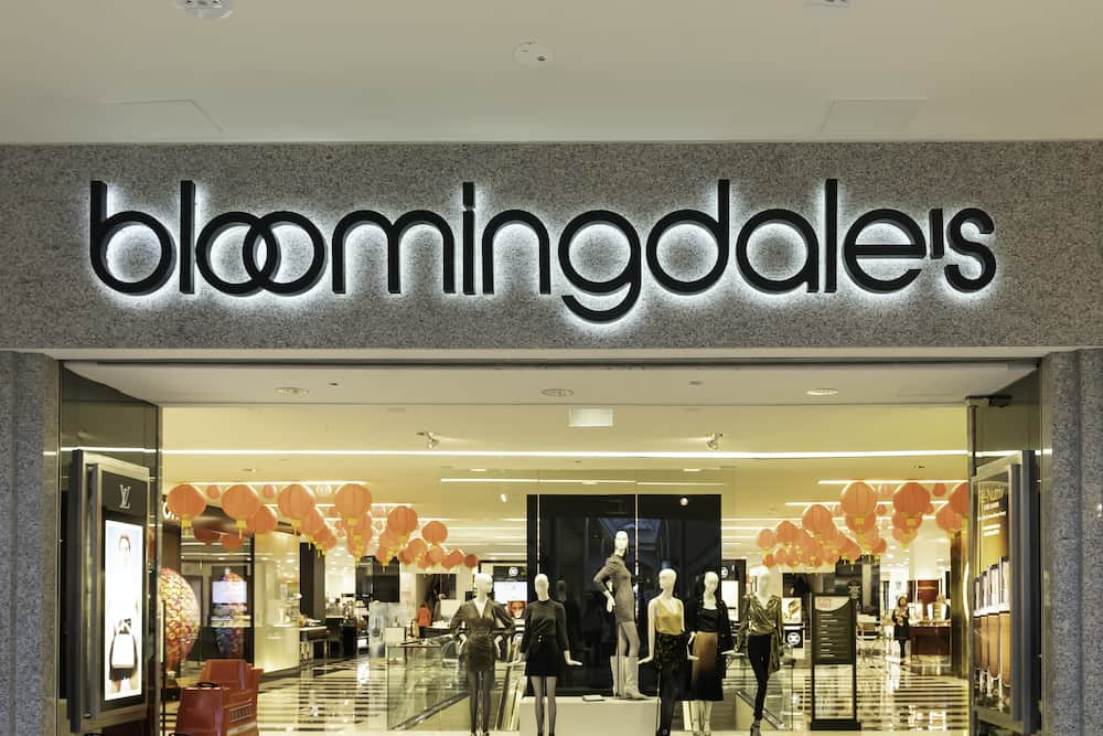 Bloomingdale's store front.