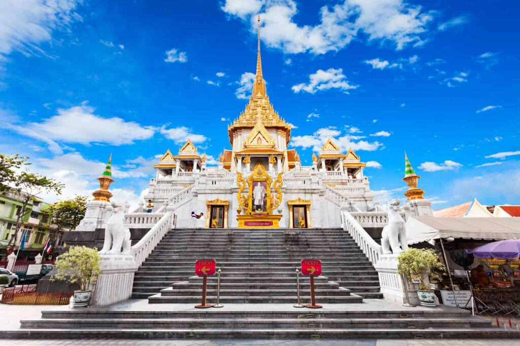 The glistening, golden beauty of Wat Traimit in Bangkok.