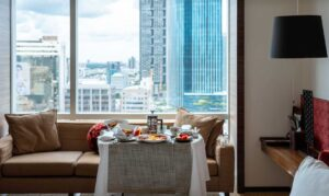 The fantastic room service and luxe accommodations that you'll find at Le Meridien Bangkok.