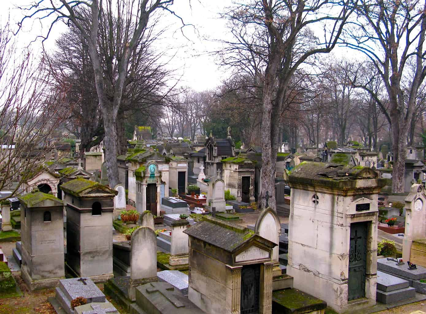 The sea of tombs that quietly stretch out before you at Montmartre Cemetery, obe of the many hidden gems in Paris.