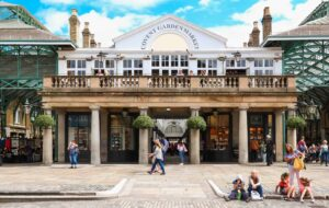 London landmarks really don't get much more famous than London's iconic, Covent Garden.