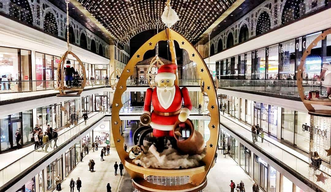 Some of the vibrant Christmas decorations you'll find inside the Mall of Berlin.