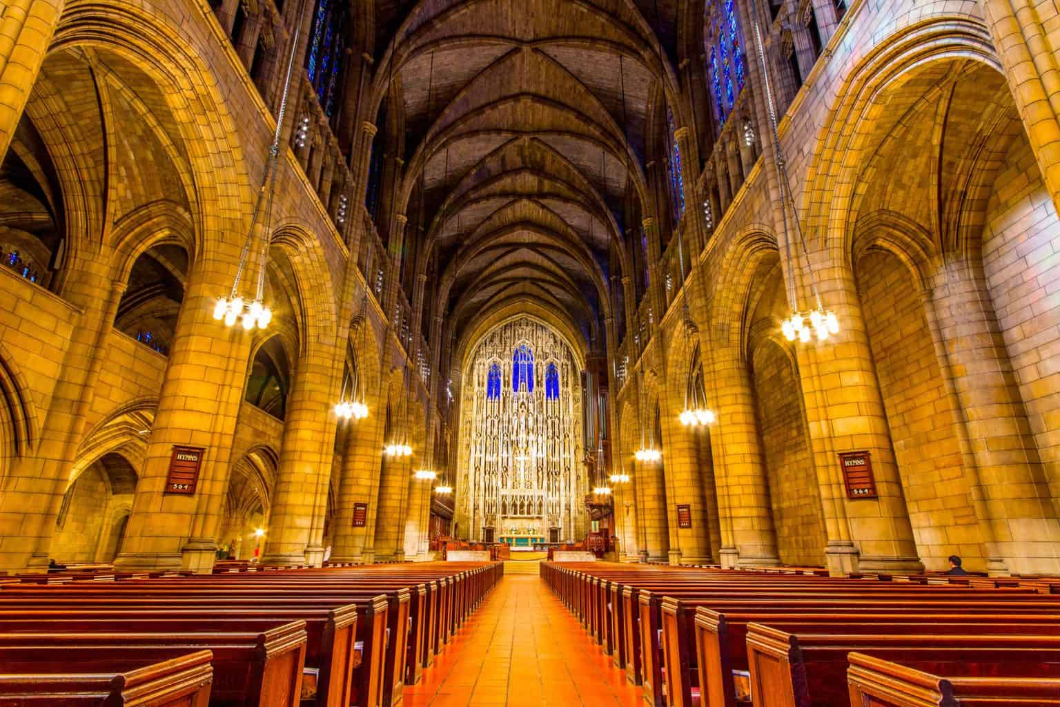 The gorgeous, French High Gothic style interior of St. Thomas on Fifth Avenue Church (image sourced from Flickr.com).