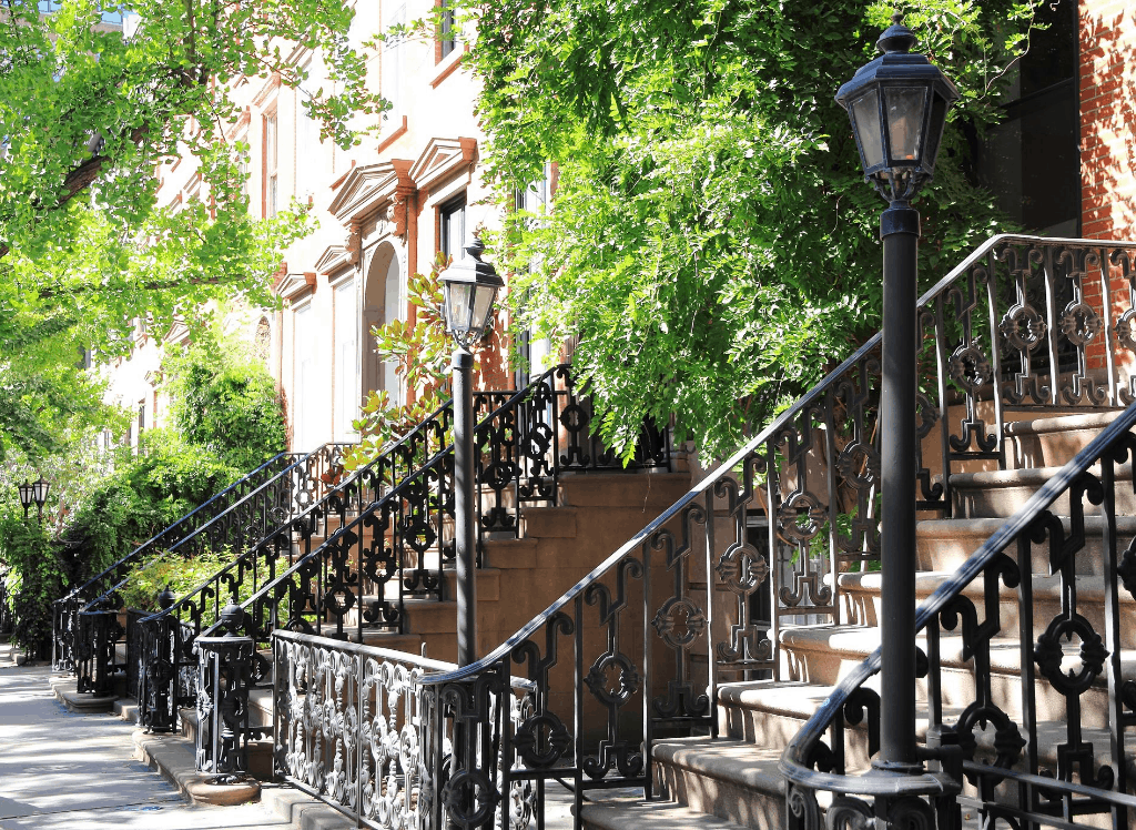 The charming, old-world feel of the brick houses that line the quaint streets of Greenwich Village.