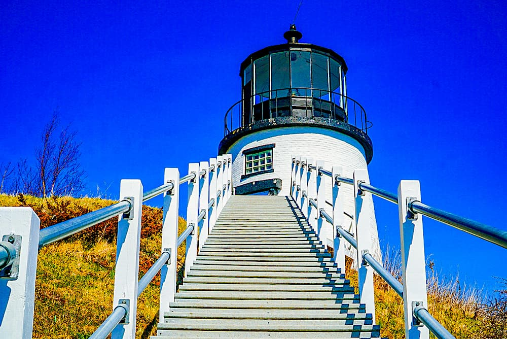 Owl Head Lighthouse is one of the best thing to do in Rockland Maine.