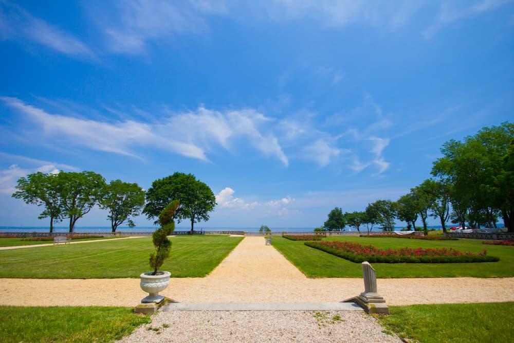 Mansion grounds at Sands Point Preserve