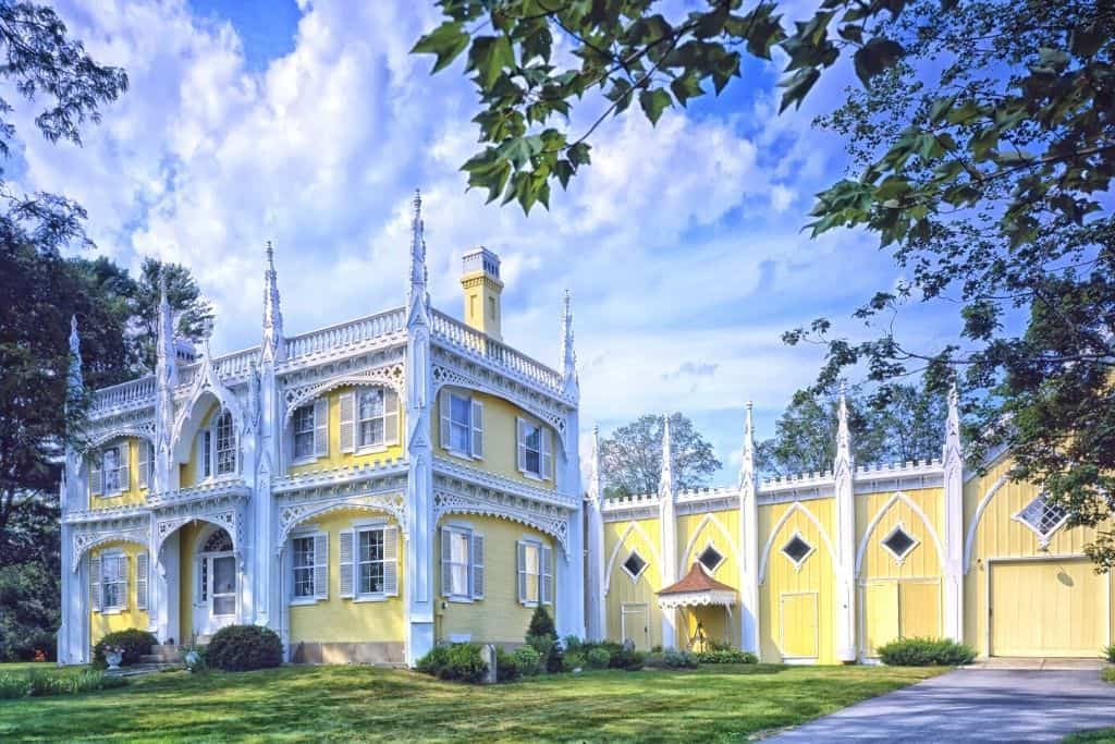 Historic yellow home in Kennebunk Maine.