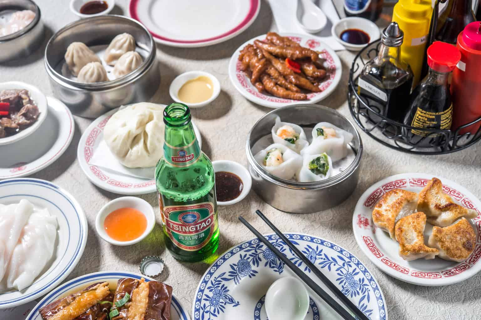 31 Places You Must Eat in NYC with Mouth Wateringly Delicious Food!