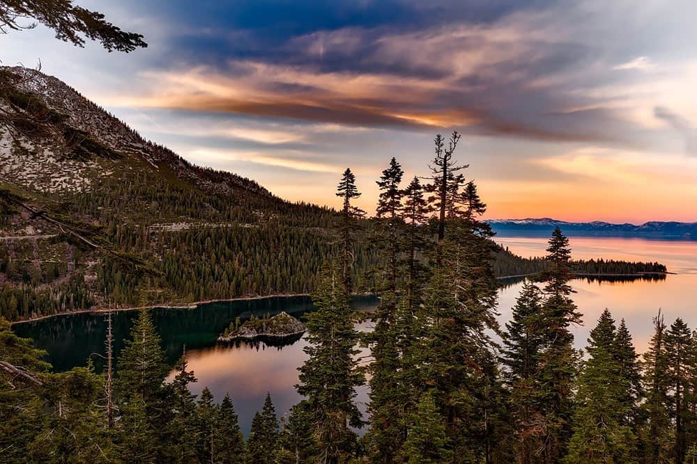 Beautiful sunset view on the shores of Lake Tahoe, California.
